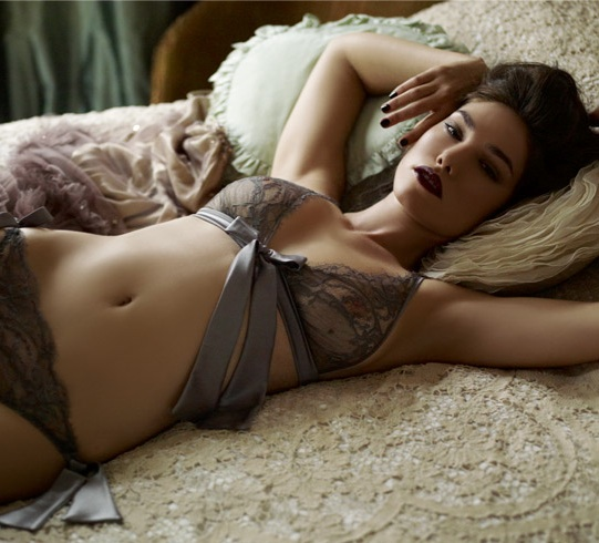 lingerie Fleur of England