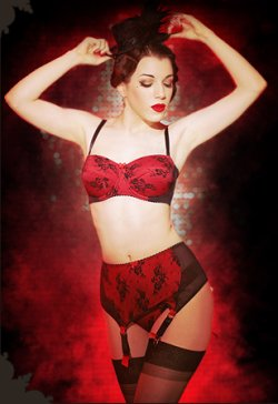 Lingerie Retro Kiss Me Deadly