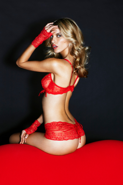 isabella martinsen naken erotik novelle