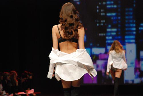 défilé ganéral au salon de la lingerie 2011