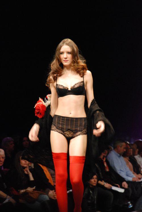 défilé salon de la lingerie 2011