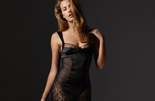 absolutely-pom-lingerie-2