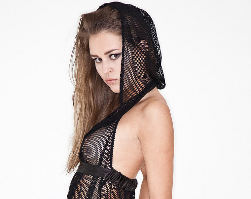 kriss-soonik-fishnet-10