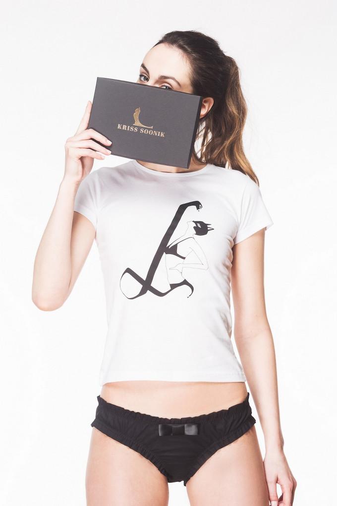 T-shirt Katwoman by Kriss Soonik