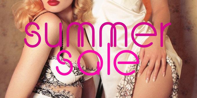 Soldes d'été lingerie & maillots chez Full Disclosure